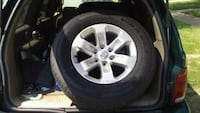 gray 5-spoke car wheel with tire Triangle, 22172