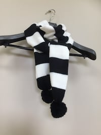 Brand new scarf  Mississauga, L5M 7T8
