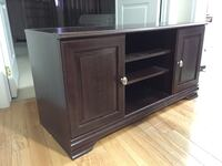 Wooden cabinet  [PHONE NUMBER HIDDEN]  Mississauga, L5W 0B9