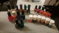 Assorted nail polish Laval