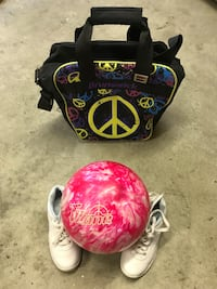 Kids 6lb bowing ball, size 2 shoe and bag, like new