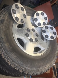 2006 Chevy silverado stock wheels and tires 2349 mi