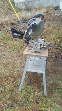 "10"" craftmens compound miter saw  Clarksville, 37040"