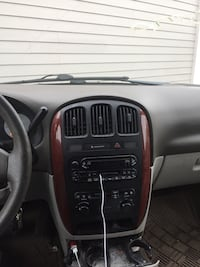 Chrysler - Town and Country - 2006 273 mi
