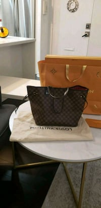 Louis Vuitton neverfull mm with original box, dust bag and receipt  Toronto, M2J 1L3