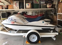 White and Red Yamaha Jetskis Bakersfield, 93314