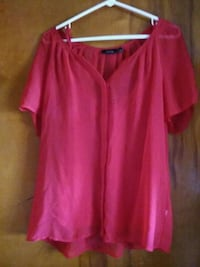 Red sheer top with matching tank extra large Zanesville, 43701