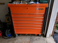 red Snap-On tool chest Akron, 44319