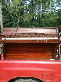brown upright piano Cartersville, 30121