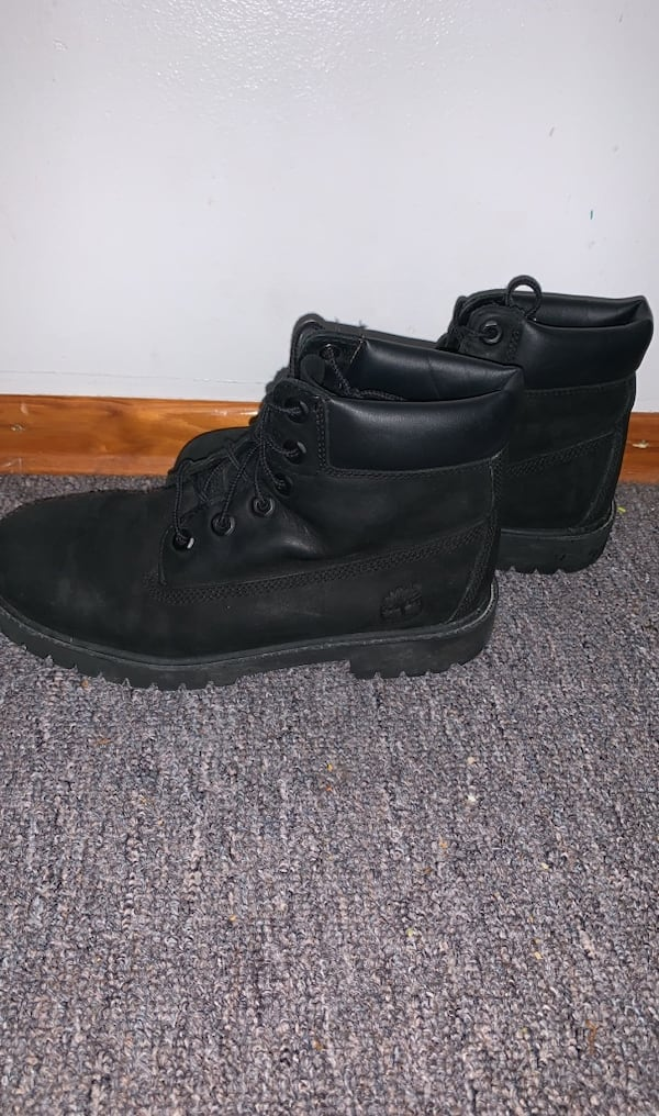 Black Timberlands 0