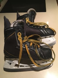 Size 9 or 12 youth skates Vaughan, L4H 1H2