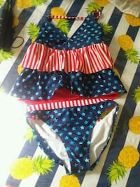 6.00 used girls size 10/12 swimming suit Milwaukee, 53215