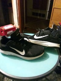 shoes size 9.5 San Antonio, 78218