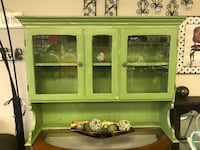 DISTRESSED CHINA CABINET Omaha, 68137