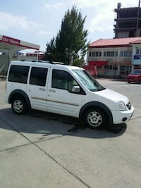 2013 Ford Tourneo Connect Yeni