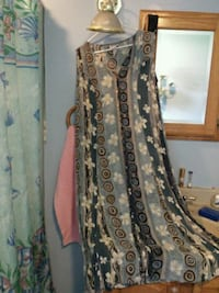 brown and black floral sleeveless dress South Bend, 46628