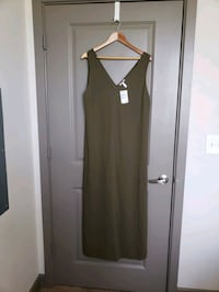 Brand New- Nordstrom Army Green maxi dress.Large  Frederick