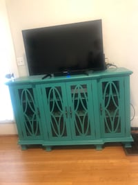 *BRAND NEW* TV stand / accent table Redondo Beach, 90277