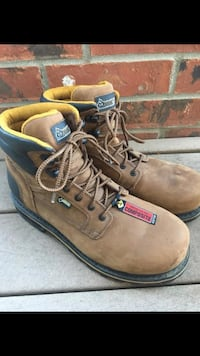 Composite toe (steel toe) boots, lightly used size 9.5 but fits as a 10 Windsor, 80550