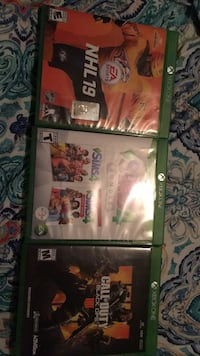 xbox  1 games  only used a few times sims only played 1 time no  marks like new