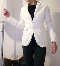 White Blazer H&M Bærum, 1358