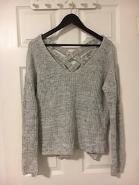 Dynamite grey knit sweater size xsmall fits big Port Moody, V3H 1P7
