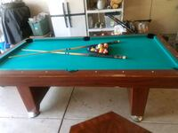 green and brown pool table Oswego, 60543