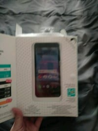 Total Wireless cell phone never used Hartford, 06114