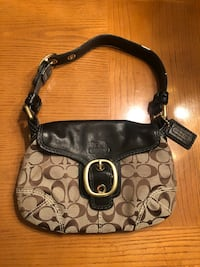 Genuine Coach Handbag  Chagrin Falls, 44023