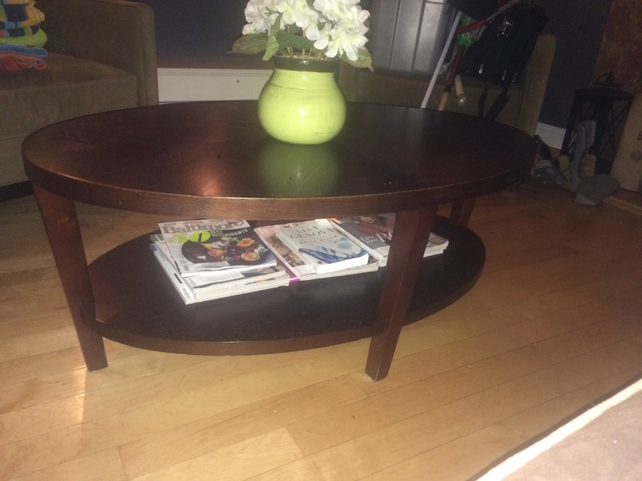 Letgo crate and barrel wooden oval table in perry hall md for Cocktail tables crate and barrel