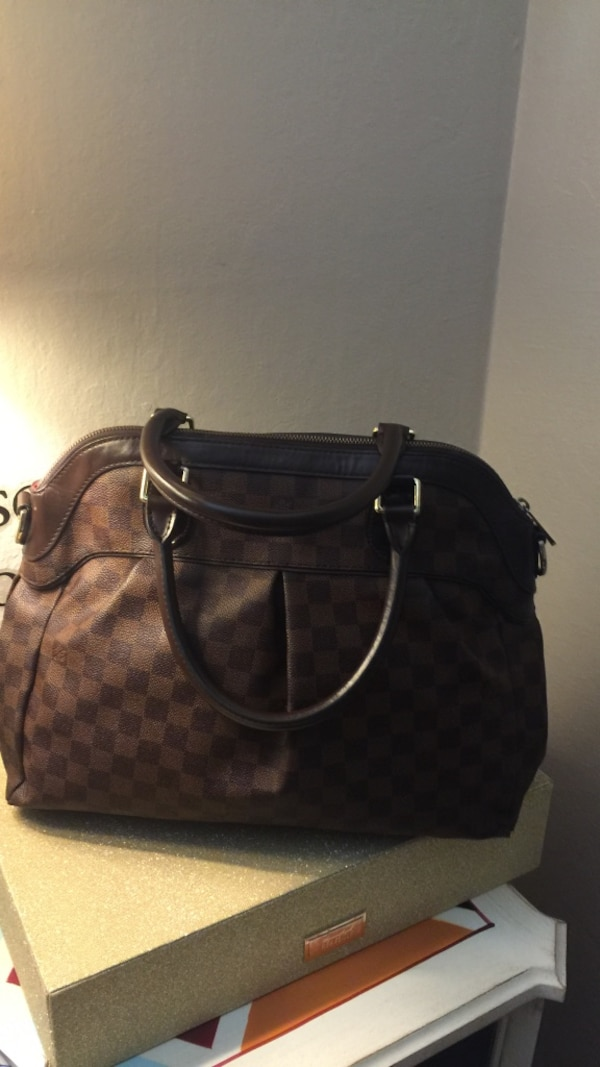 818102b183f2 Used brown monogrammed Louis Vuitton leather handbag for sale in Redwood  City - letgo