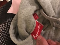 Supreme box logo heather gray size Large New York, 11364