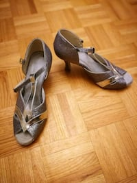 pair of gray leather peep-toe heeled sandals Toronto, M9A 4M8