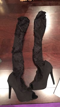 Brand new size 6.5 misguided boots with lace  Vancouver, V5W 3P7