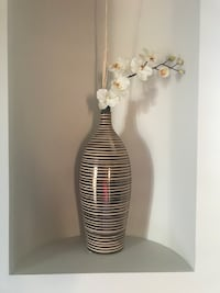 """Golden vase about 13"""" tall 6""""wide"""