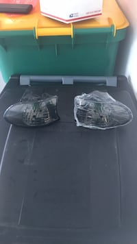 Bmw 7 series smoked front signal lights Kissimmee, 34746