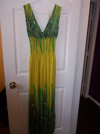 size xl new dress $12 Central Okanagan
