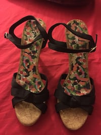 Women's black-white-pink-and-green ankle strap open-toe heels Hartford, 06114