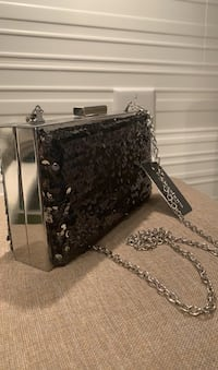 Black sequence clutch