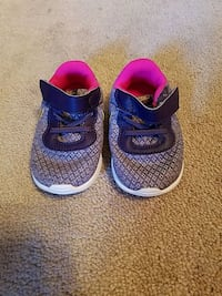Nike shoes  purple pink and gold size 4c Conway