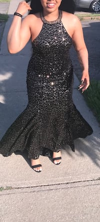 Prom or Special Occasions Dress Markham, L3P