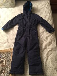 Mountain warehouse Snow suite used for 2 weeks only  Markham, L3R 8J4