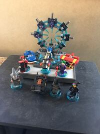 Lego Dimensions Portal and pieces
