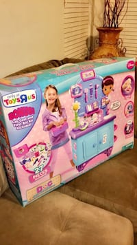 Doc McStuffins Deluxe Get Better Check-Up Center! Bakersfield, 93313