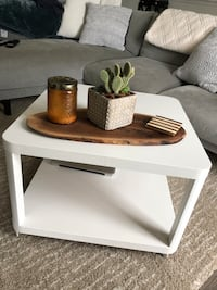 Side Table for Sale  Milton, L9T 2R1