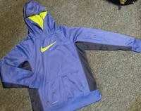 purple and pink Nike pullover hoodie London, N5V 1E5