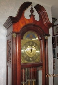 Grandfather Clock 21144