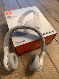 JBL Bluetooth Headphones E45BT Bolton, L7E 2T4