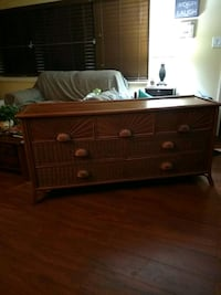 Large Dresser - Reduced Price -Need hone today Tampa, 33607-6335
