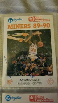 Signed basketball card Las Cruces, 88012